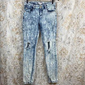 🆕 Refuge 6 vintage acid bleached distressed jean